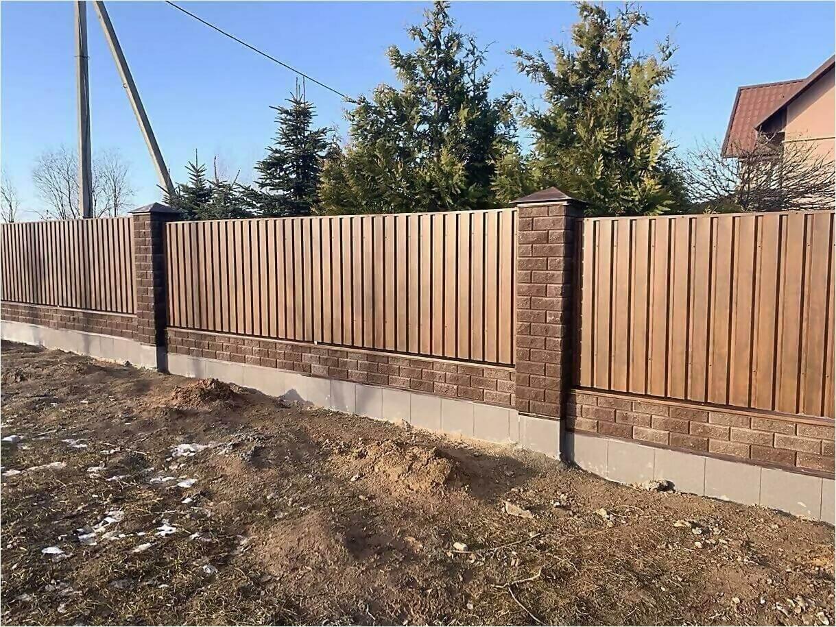 Забор из профлиста НС-21 цвет Printech темное дерево фото7