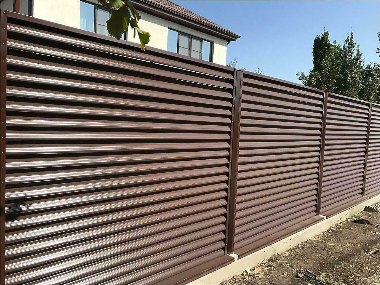 забор-жалюзи RAL8017 фото5