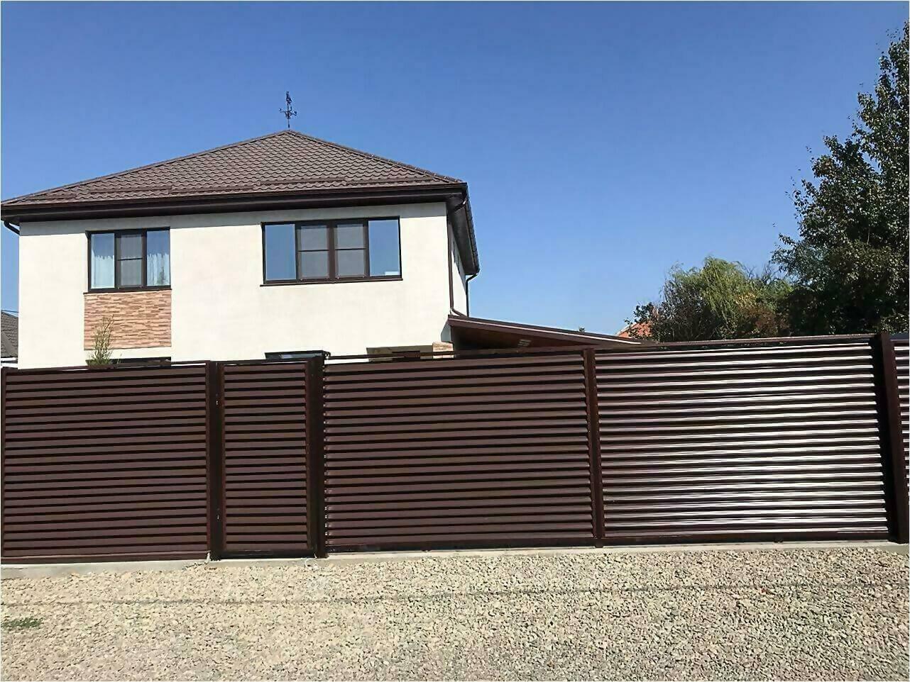 забор-жалюзи RAL8017 фото3