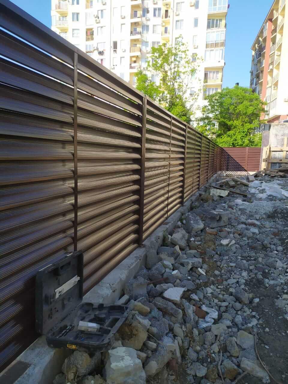 Забор-жалюзи 140м RAL8017 Шоколад фото2