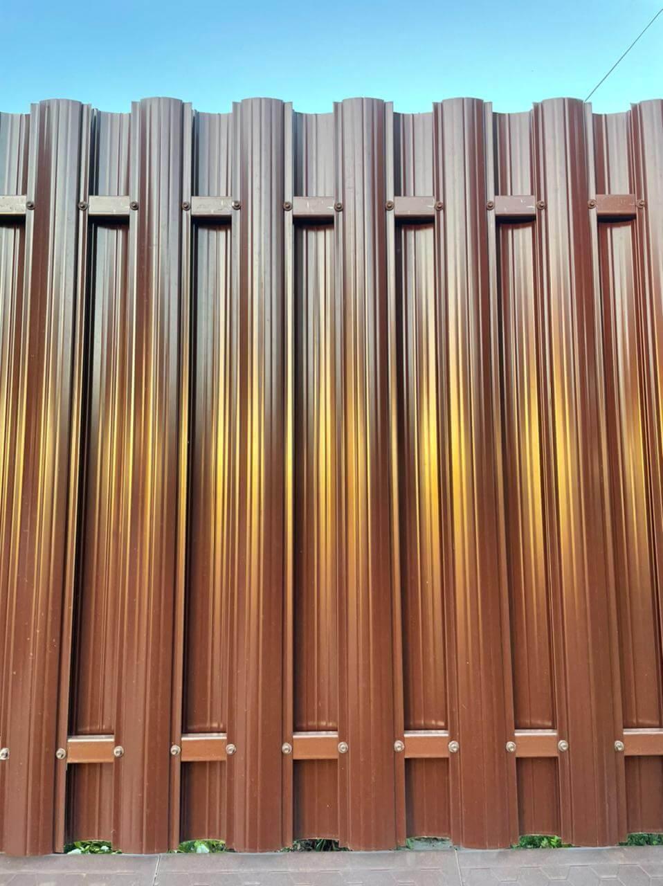 забор из штакетника шоколад двухсторонний фото4