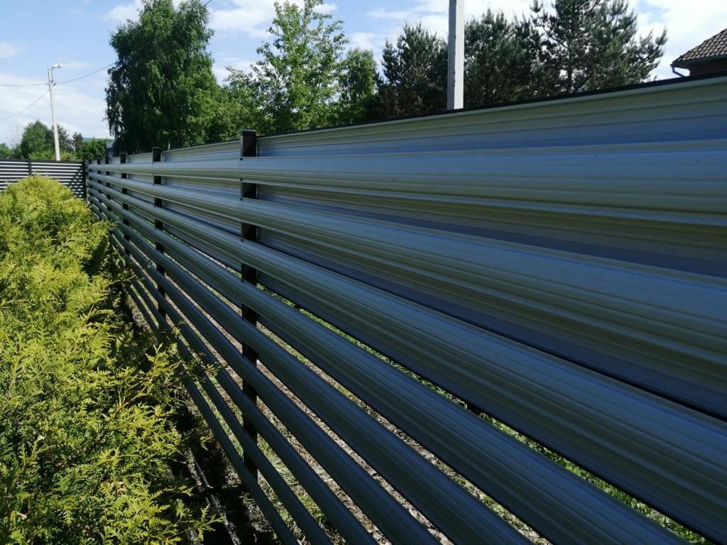 забор из штакетника Черный Стальной Бархат фото5