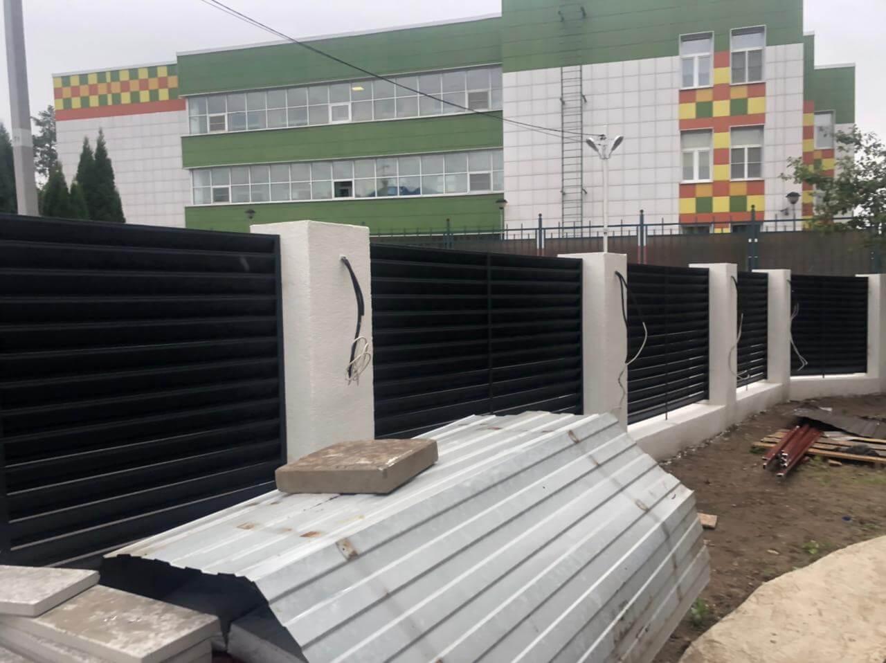 забор-жалюзи ЭКО-Z Серый графит двухсторонний матовый фото2