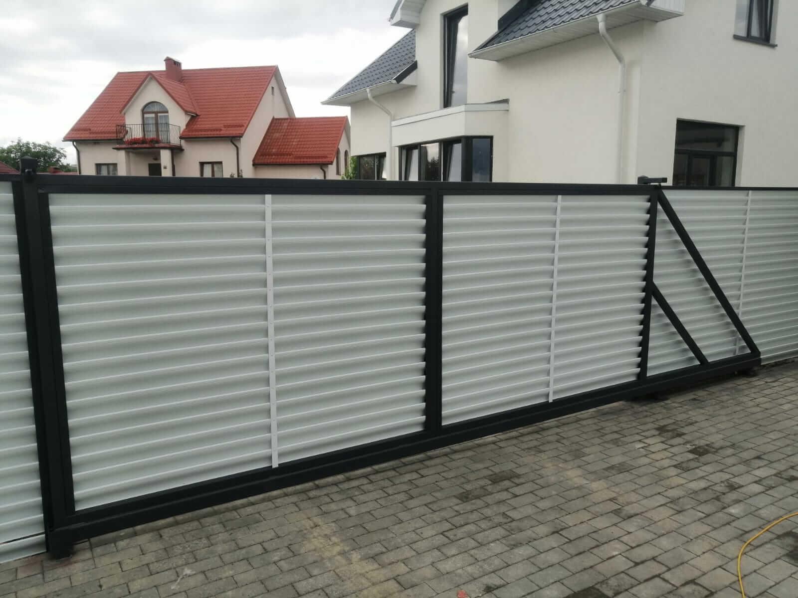 забор-жалюзи белый двухсторонний фото6