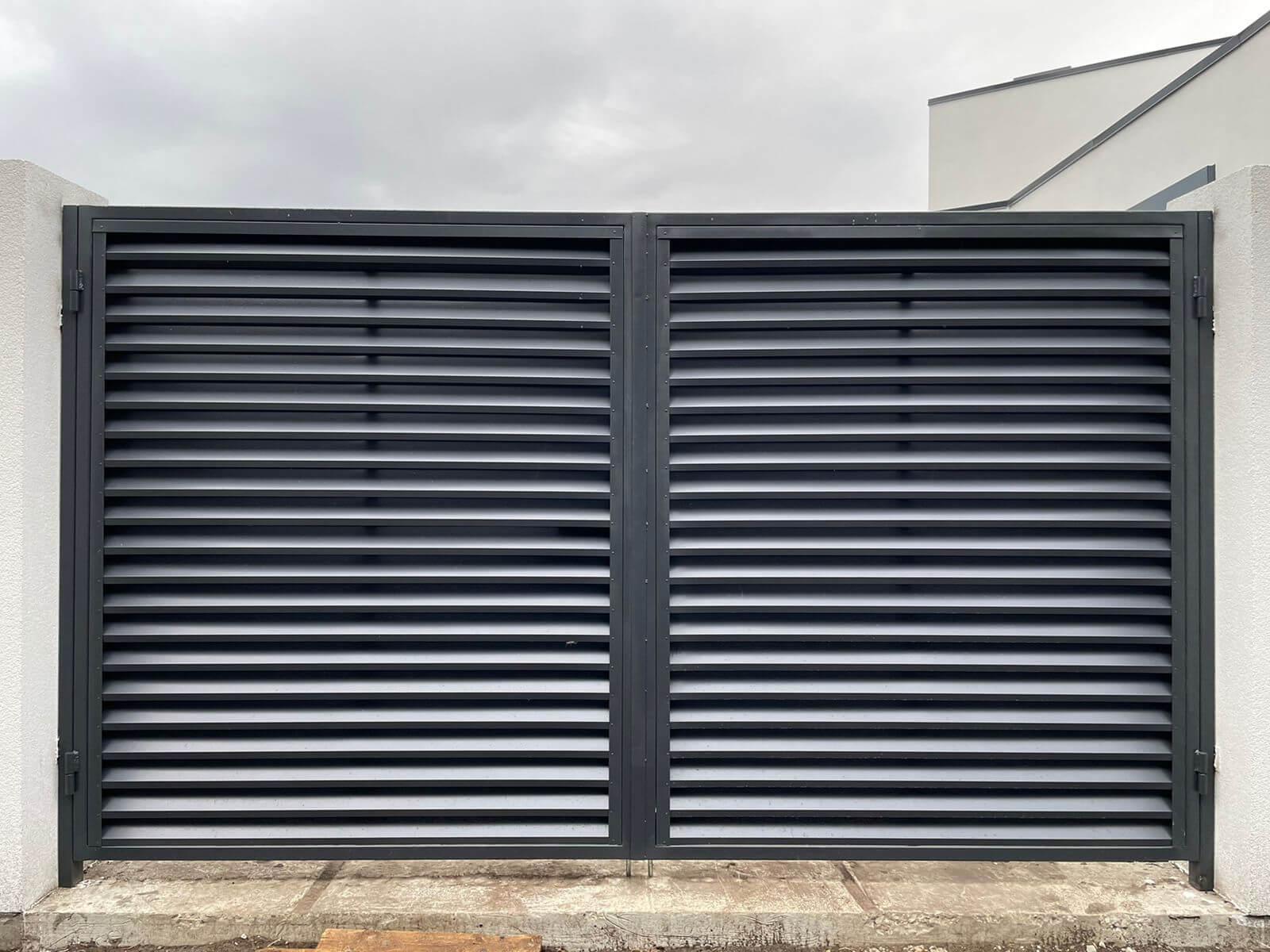 забор-жалюзи с ламелями ЭКО-Z Серый Графит двухсторонний фото4